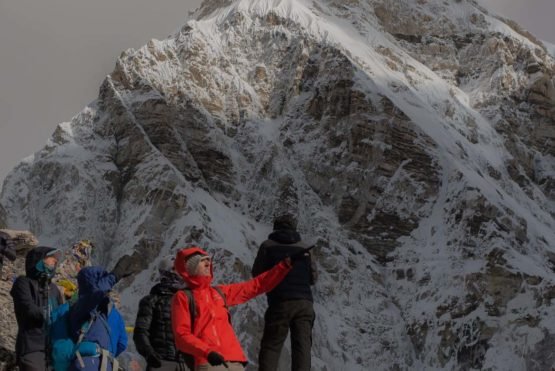 What is the right cost to climb Everest Base Camp Trek?
